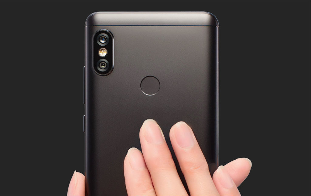 Xiami Redmi Note 5. Задняя панель