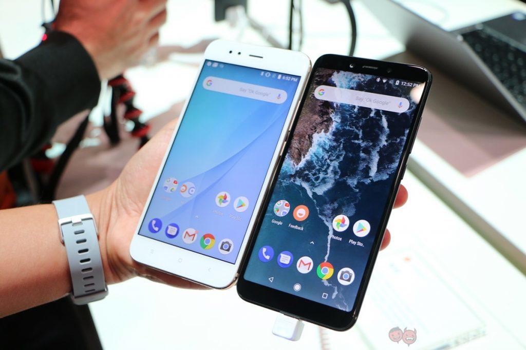 Xiaomi Mi A1 и Mi A2. Сравнение лицевых панелей